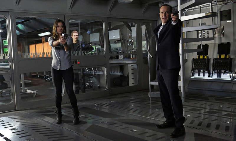 Агенты ЩИТ 7 сезон кадр из сериала