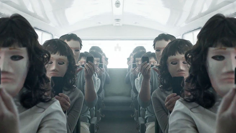 Черное зеркало 6 сезон кадр из серии