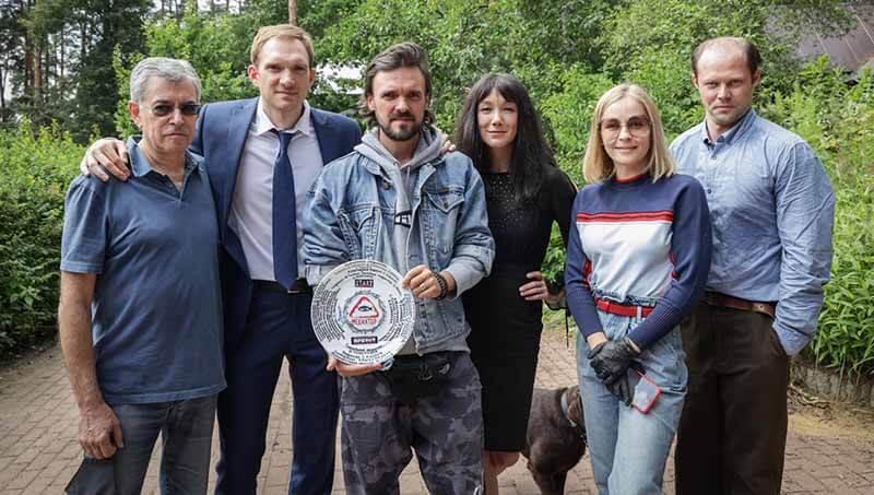 Дата выхода всех серий в России Медиатор 3 сезон 2022