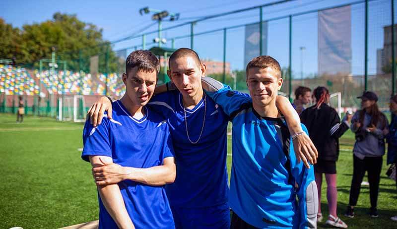 Дата выхода всех серий в России 4 сезона Трудные подростки