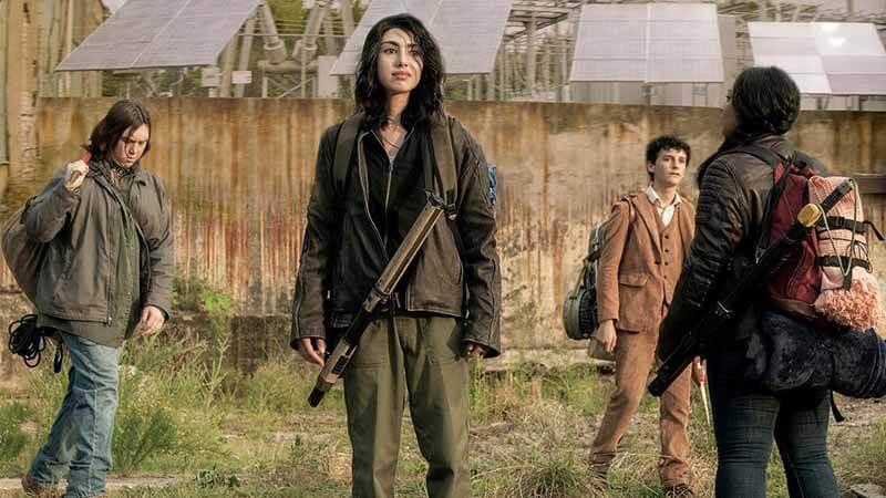 Дата выхода всех серий в России 3 сезона Ходячие мертвецы: Мир за пределами
